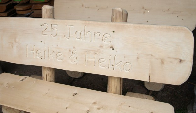 Teak Gartenmobel In Essen : Gartenbank Holzbank Holz Massiv Wetterfest Rustikal Gb2522 Tp Wood