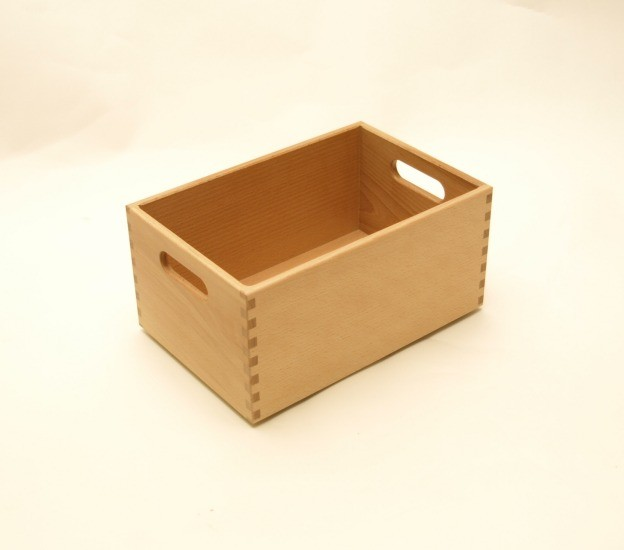 holzkiste holzbox aus buche lackiert 30 x 20 x 15 cm wohn. Black Bedroom Furniture Sets. Home Design Ideas